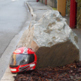 Le 18 décembre 2019 à Belfort, un motard de 21 ans glisse sur une chaussée humide et percute un rocher de décoration en bord de route. Le choc est tel […]